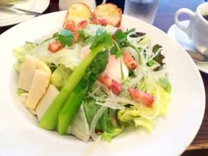 進々堂の食べ放題のサラダ