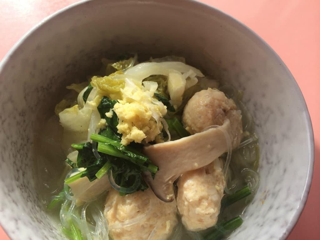 鶏団子春雨スープ